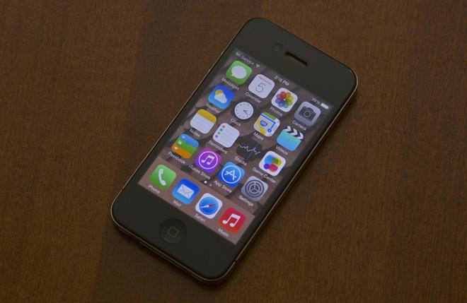 iPhone 12 sắp tới của Apple sẽ có thiết kế tương tự như iPhone 4. Ảnh: Arstechnica.