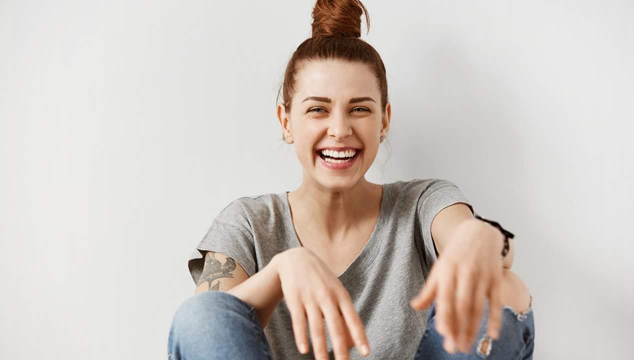 Phụ nữ cuốn hút khi sống tích cực.