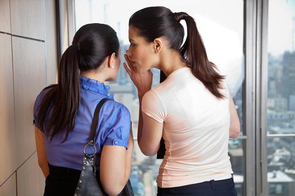 Ứng xử khôn khéo khi gặp đồng nghiệp xấu tính.