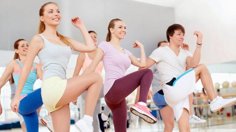 Thư giãn giảm stress bằng việc tập thể dục.