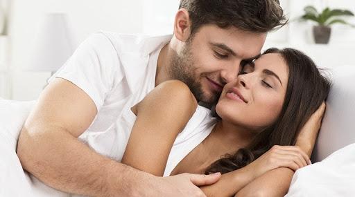 Sở hữu cơ bắp săn chắc, bạn dễ dàng lôi cuốn nàng vào cuộc yêu.