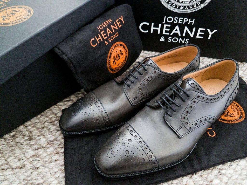 Cheaney là một trong những thương hiệu giày hot nhất mùa hè 2020