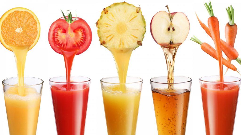 Một cốc nước ép trái cây bổ sung năng lượng