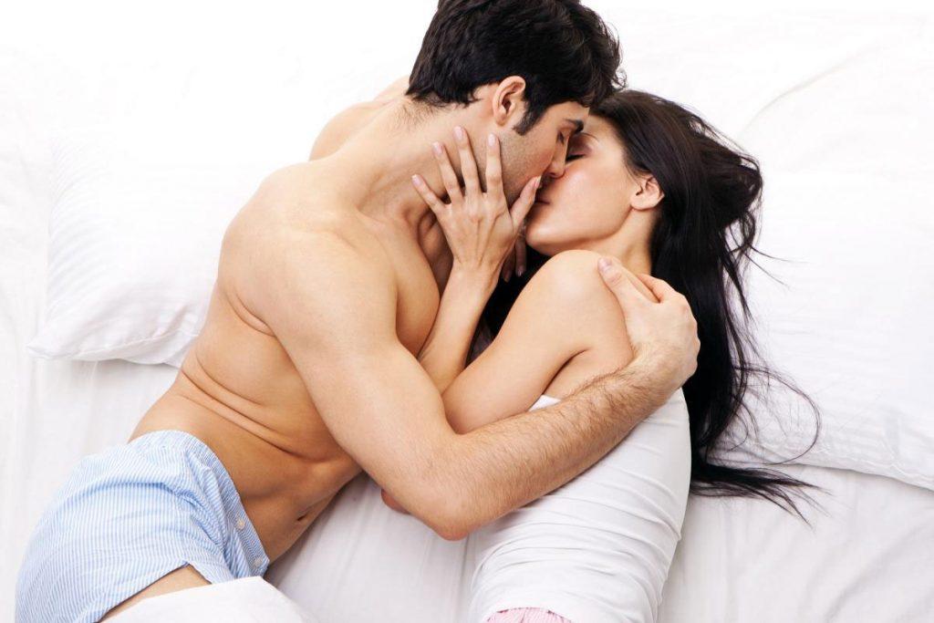 Nhu cầu tình dục của nam giới cao nhất ở độ tuổi nào?
