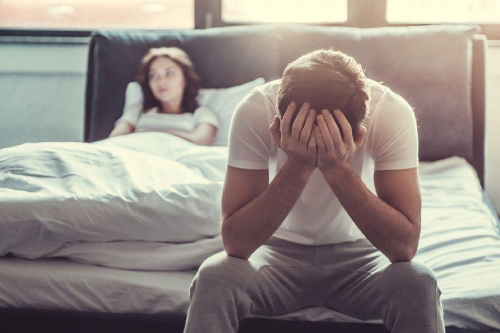 Dễ bị stress do lâu ngày không quan hệ tình dục