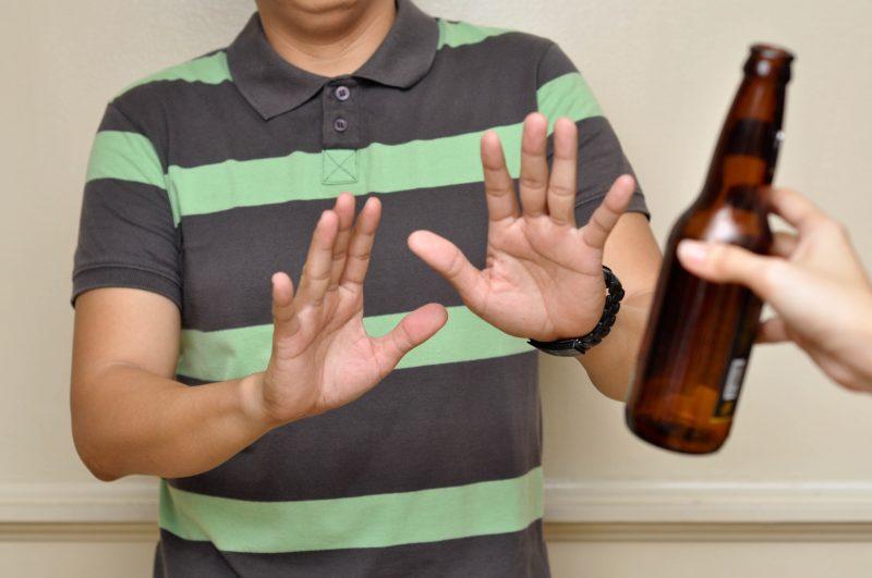 Hạn chế uống rượu bia để có sức khỏe tốt nhất