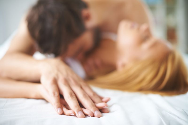 Bí kíp gợi tình nàng mà không cần mở lời cho các quý ông