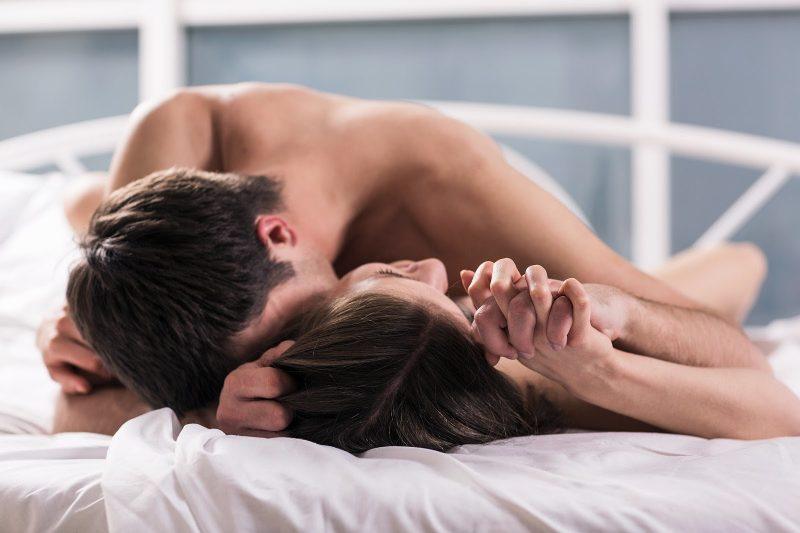 Cô gái quan hệ lần đầu thường rất căng thẳng và đôi khi tâm lý bất ổn