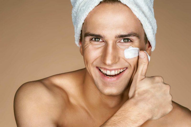 Bất kể da bạn thuộc loại da nào thì cũng nên sử dụng kem dưỡng ẩm