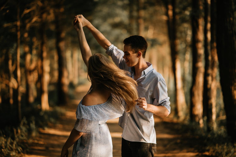Lòng chung thủy là điều cô nàng nào cũng mong muốn khi yêu