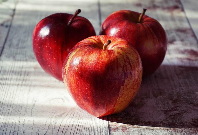Ổn định chức năng thận bằng cách bổ sung táo vào thực đơn ăn uống