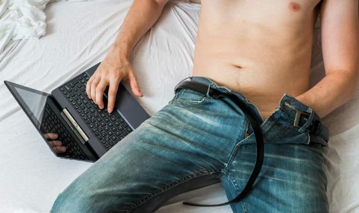 Thủ dâm nhiều khiến bạn mất đi sự kiểm soát với ham muốn tình dục