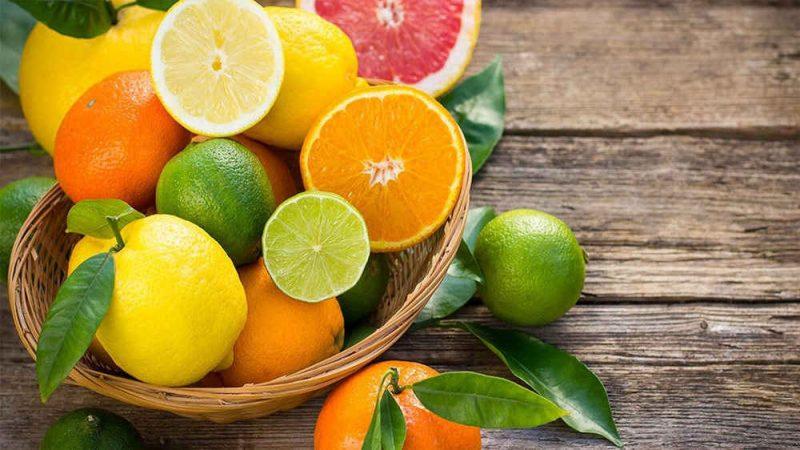 Ăn trước cam, chanh để cản trở quá trình ngấm rượu