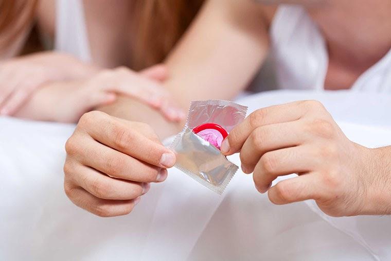 Sử dụng bao cao su mà vẫn có thai?