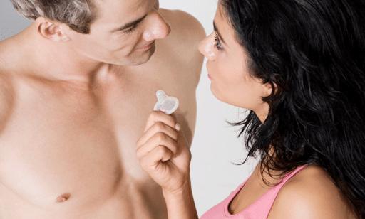 Bao cao su là biện pháp tránh thai an toàn không có tác dụng phụ