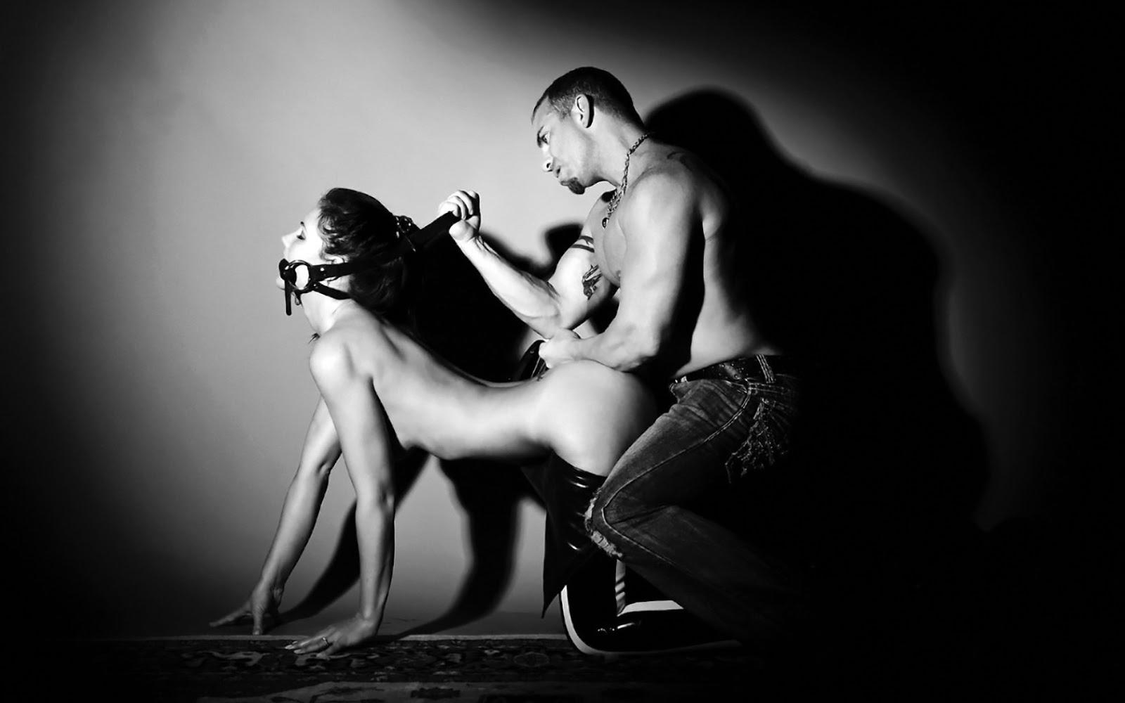Sử dụng dụng cụ tình dục giúp cả hai đạt được nhiều khoái cảm hơn