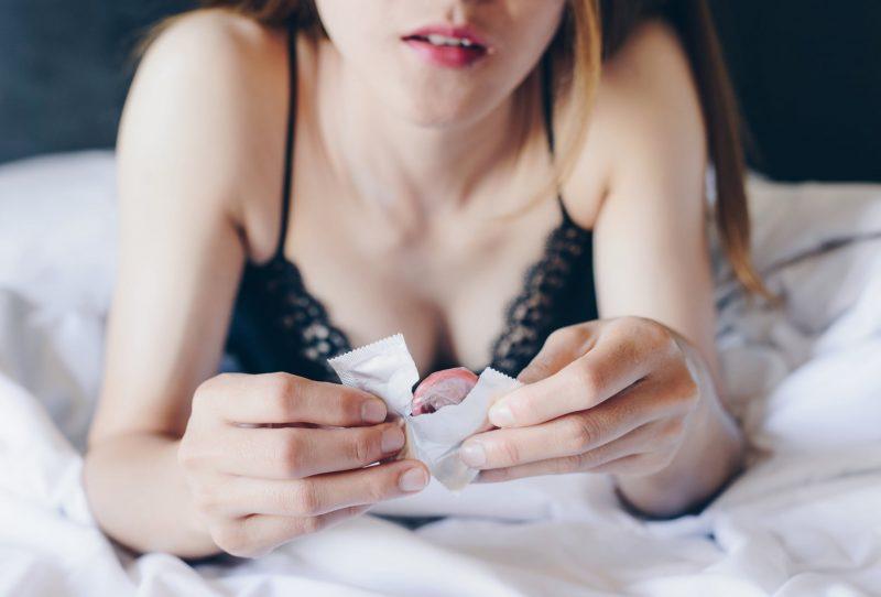 Dị ứng bao cao su thường xảy ra ở đối tượng nữ giới