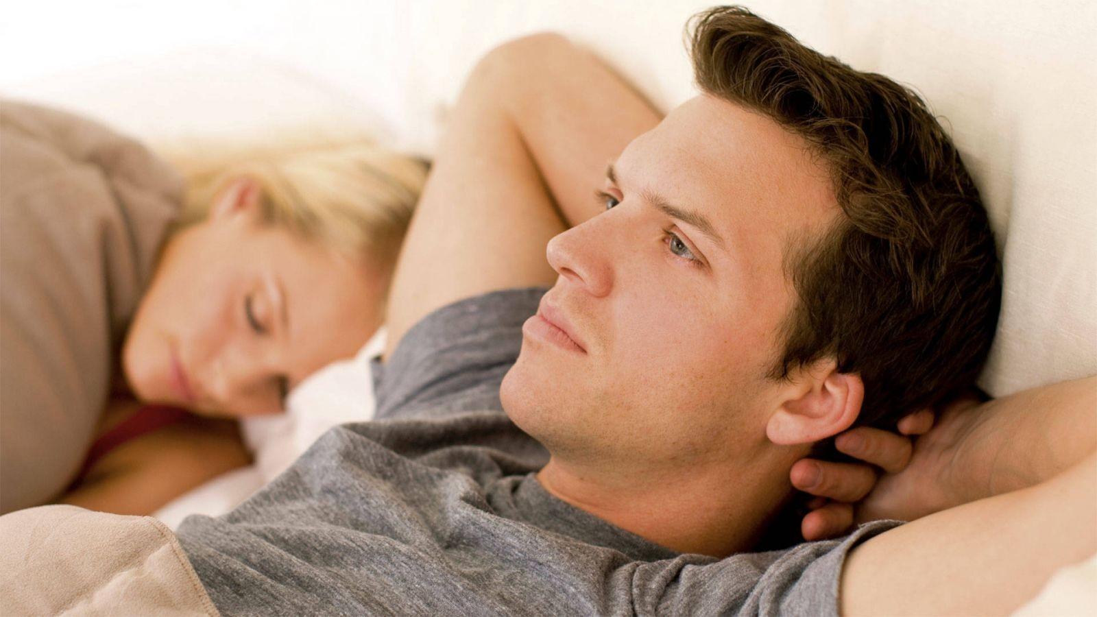 Chứng di tinh ở nam giới xuất hiện khi ngủ gọi là mộng tinh
