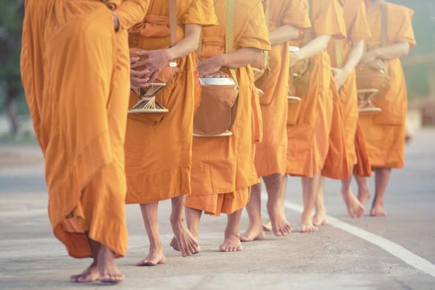 Một trong các phương pháp thiền Chánh Niệm là Thiền hành (Mindful Walking)