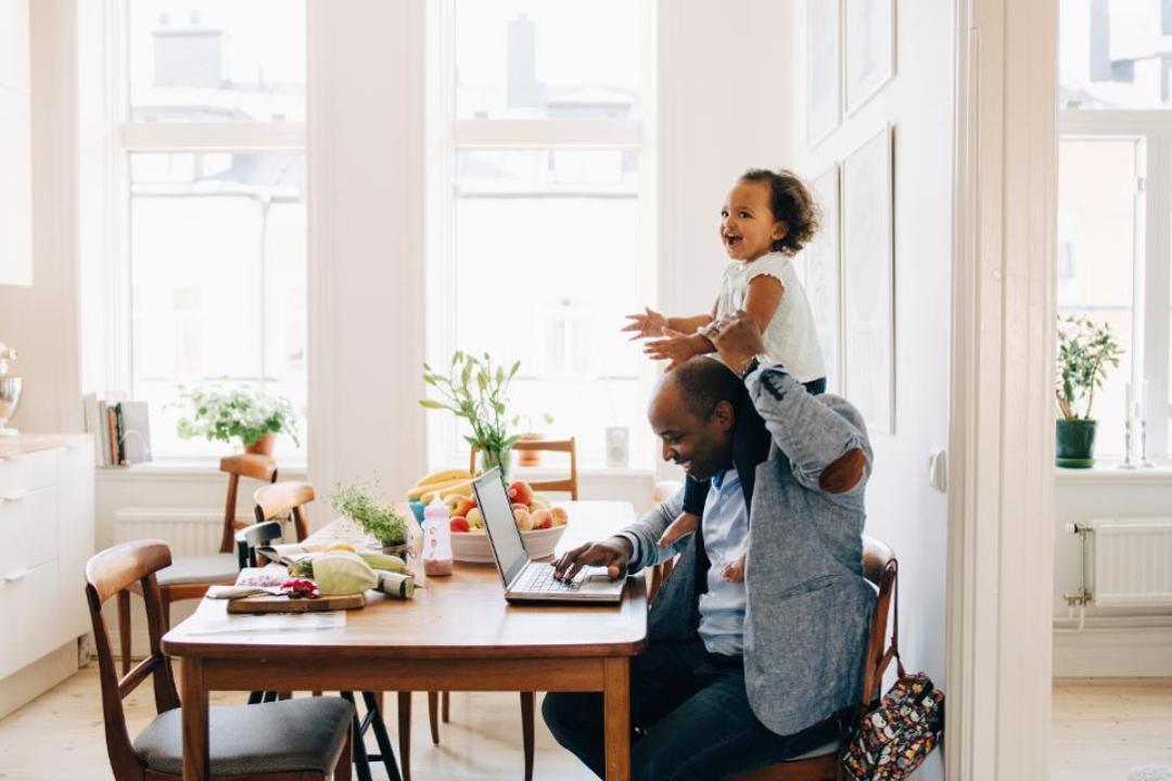 Bí quyết làm việc ở nhà hiệu quả là tránh cảm giác bị cô lập