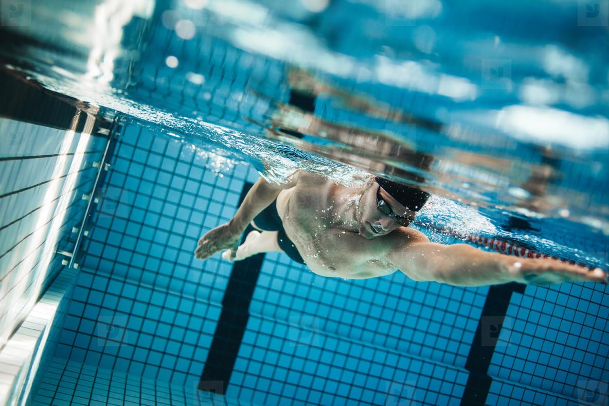 Tập luyện thể thao cũng là một cách luyện tập và tiết kiệm hiệu quả