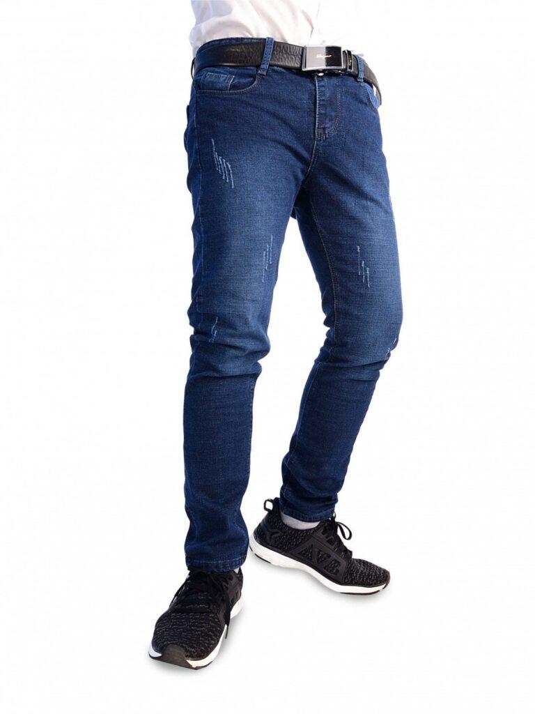 Những lưu ý khi mua quần jeans nam - Kiểm tra độ co giãn