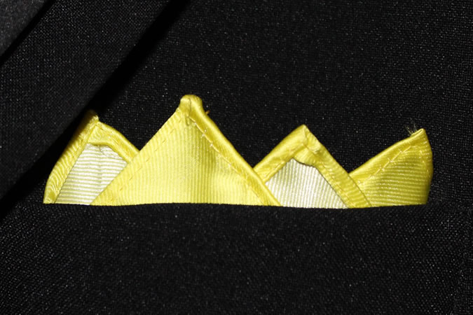 Cách gấp tứ đỉnh (four-point)