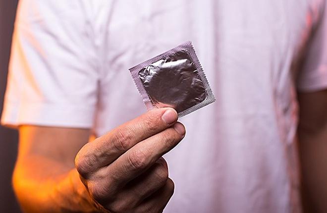 Bao cao su giúp tránh thai ngoài ý muốn và phòng các bệnh lây nhiễm.