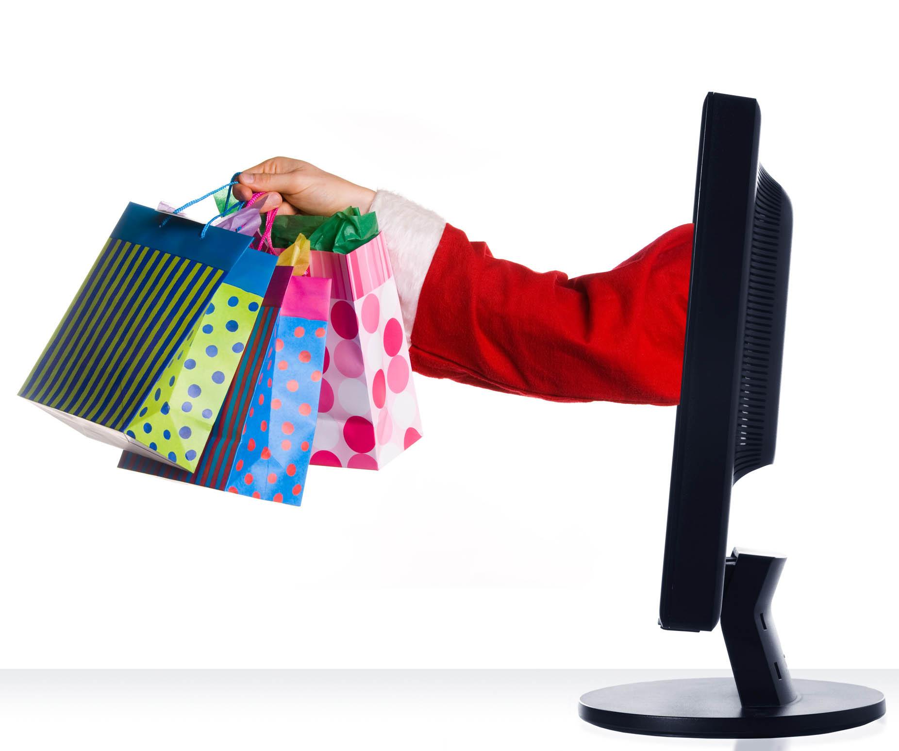 Những mẹo mua sắm quần áo ngày lễ - Mua sắm quần áo online