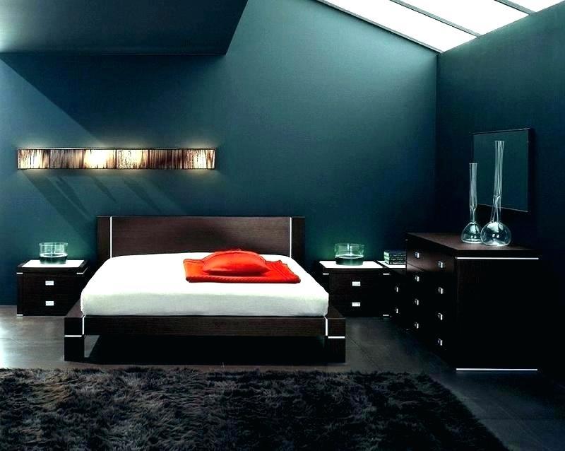Xanh dương, xám, xanh lá là những màu sắc cánh mày râu nên chọn cho phòng ngủ.
