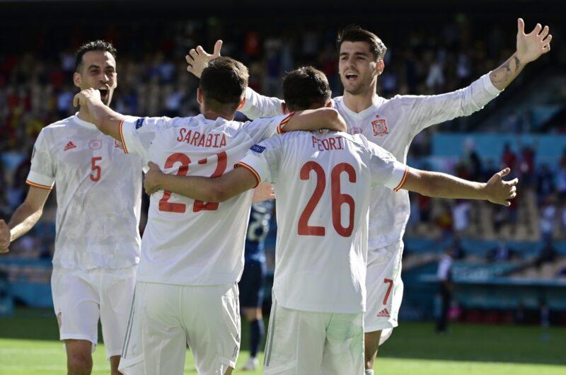 Aymeric Laporte có bàn thắng đầu tiên cho tuyển Tây Ban Nha.