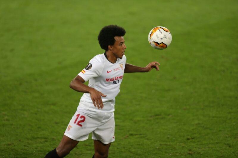 Jules Koundeđội tuyển Pháp chơi tốt ở hậu vệ cánh phải