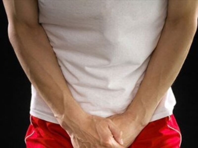 Hoạt động tình dục mãnh liệt cũng có thể khiến cậu nhỏ bầm tím