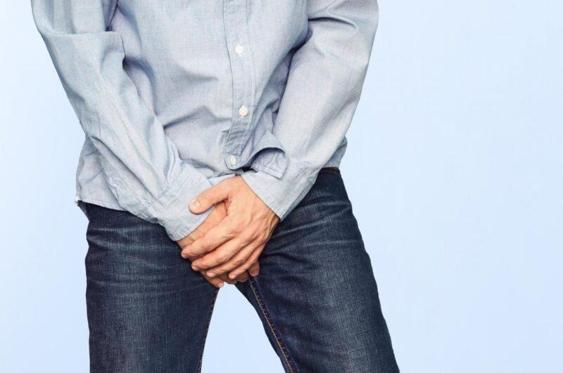 Ngứa tinh hoàn do bệnh hăm da