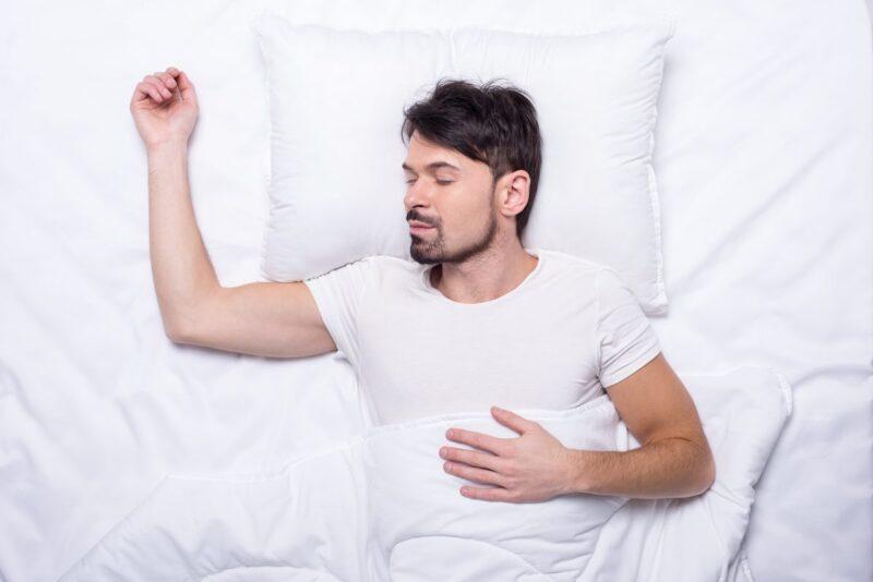 Triệu chứng khó ngủ ở nam giới