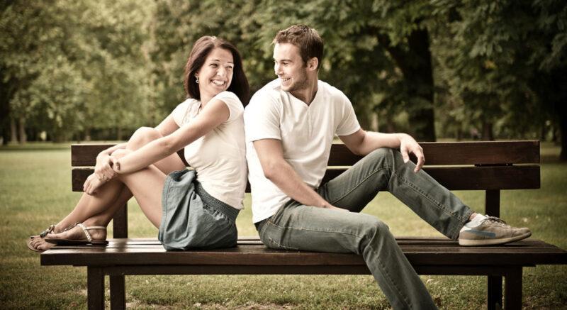 . Thay đổi tư thế ngồi có thể giúp loại bỏ sự kích thích đó và ngăn chặn trạng thái cương cứng.