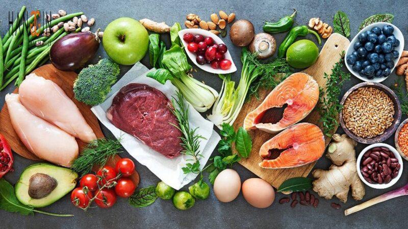 Bạn hãy ăn đa dạng các loại thực phẩm để có đầy đủ dưỡng chất