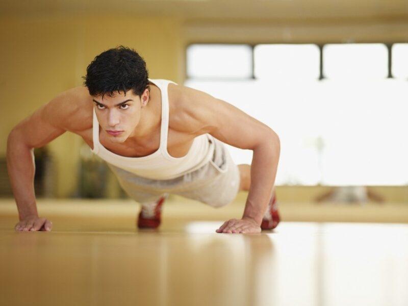 Tăng cường thể lực là cách tăng testosterone tự nhiên nhất